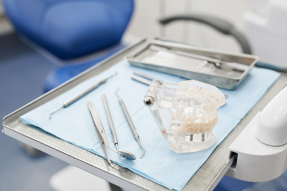 Tratamiento con prótesis dentales en Valencia